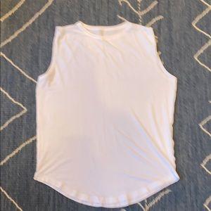 Lululemon sleeveless top